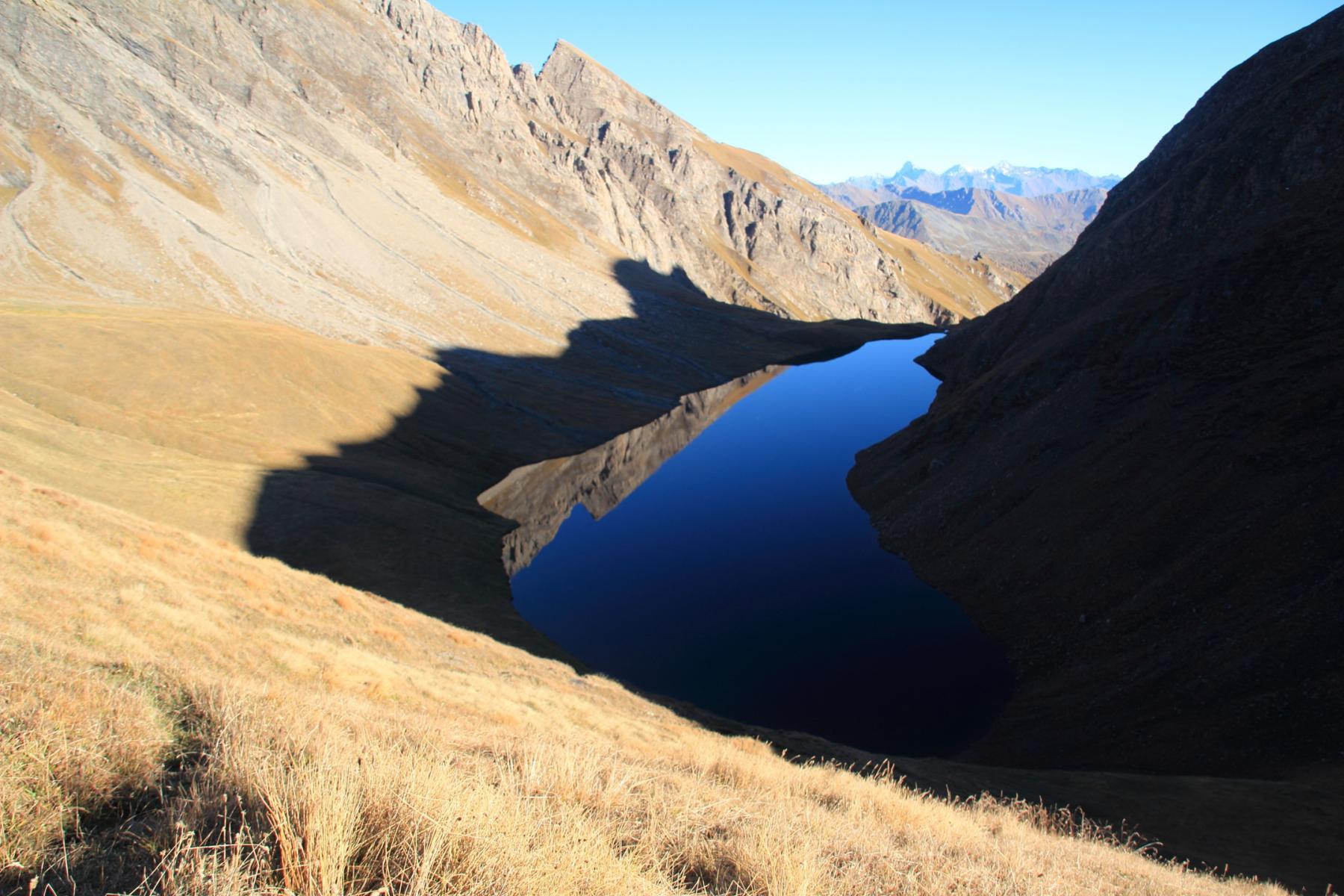 spettacolare vista sul Lago di Liconi dal colle omonimo