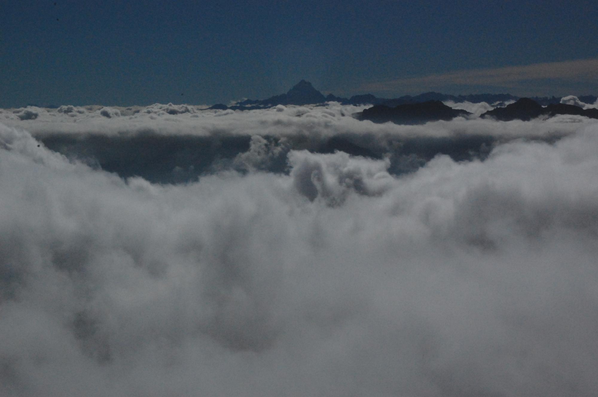 il mare di nuvole verso il monviso