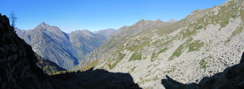 panorama dal Colle verso la Valle d'Aosta