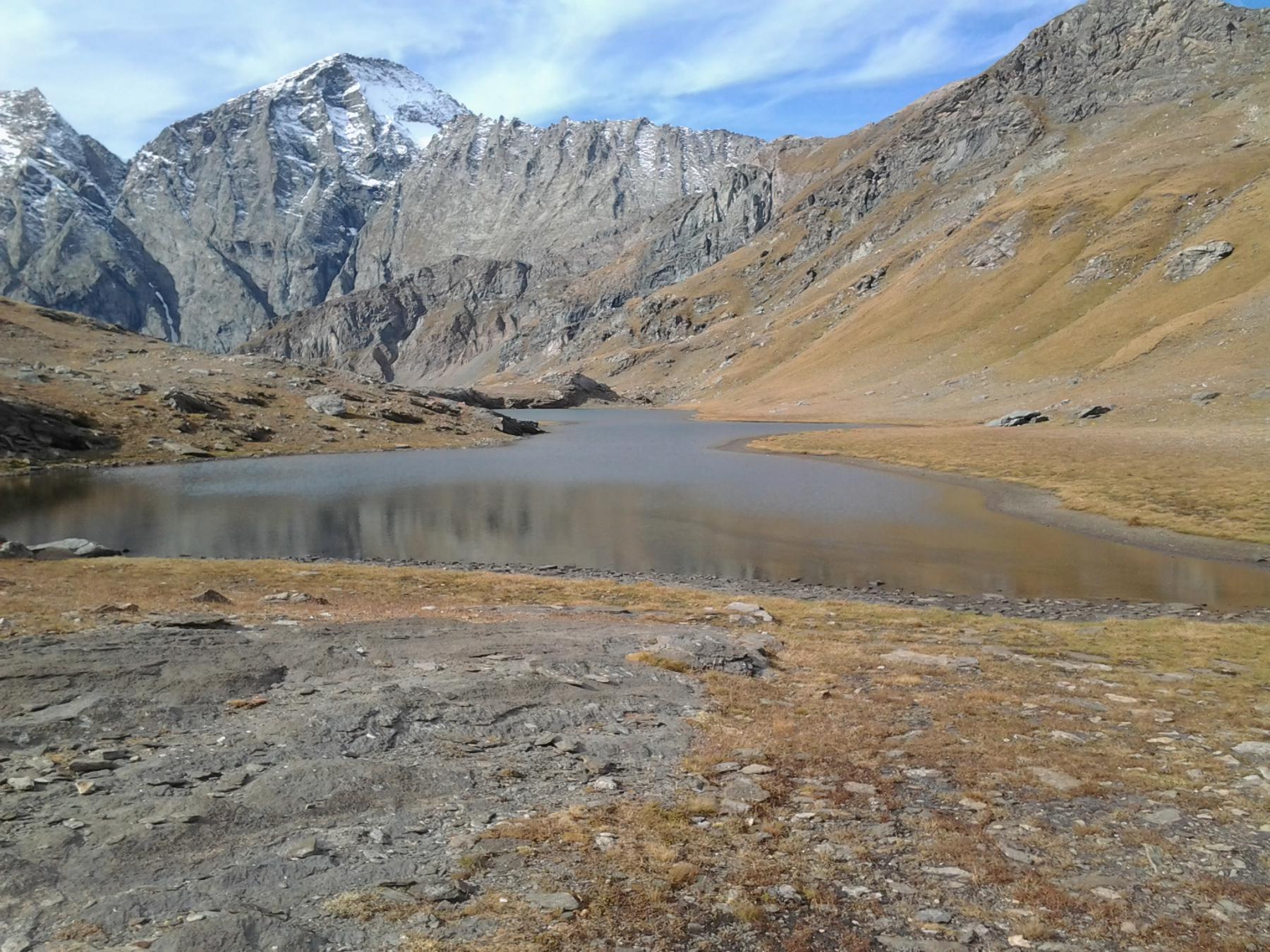 Il bel lago di Bessanetto e la punta d'Arnas