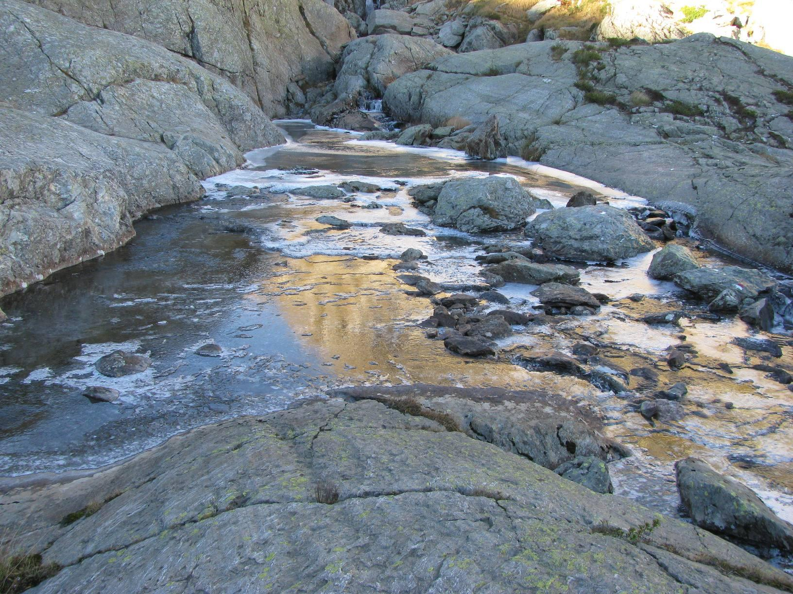 L'attraversamento del Rio delle Balme