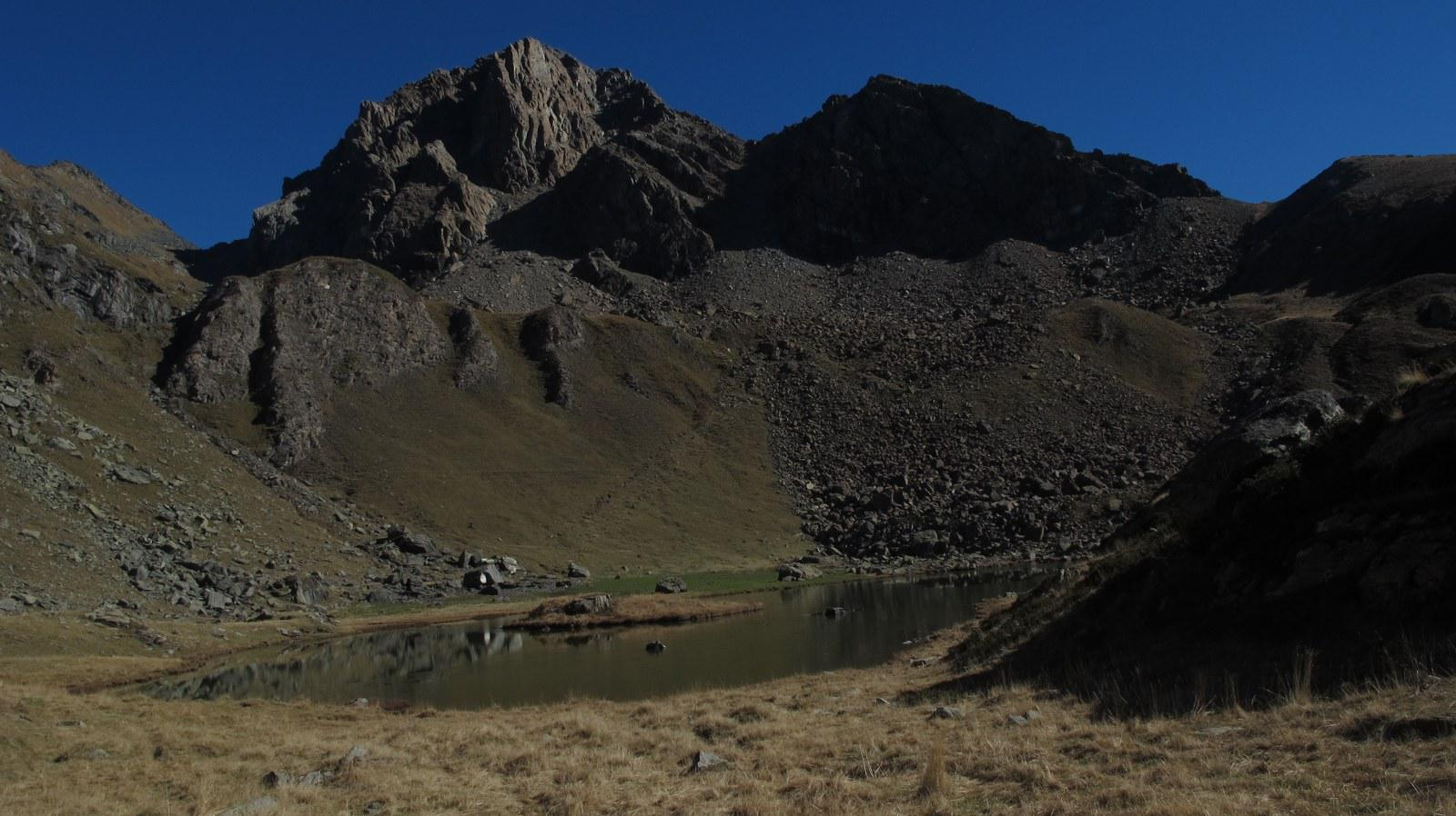 La punta vista dal lago del Laus