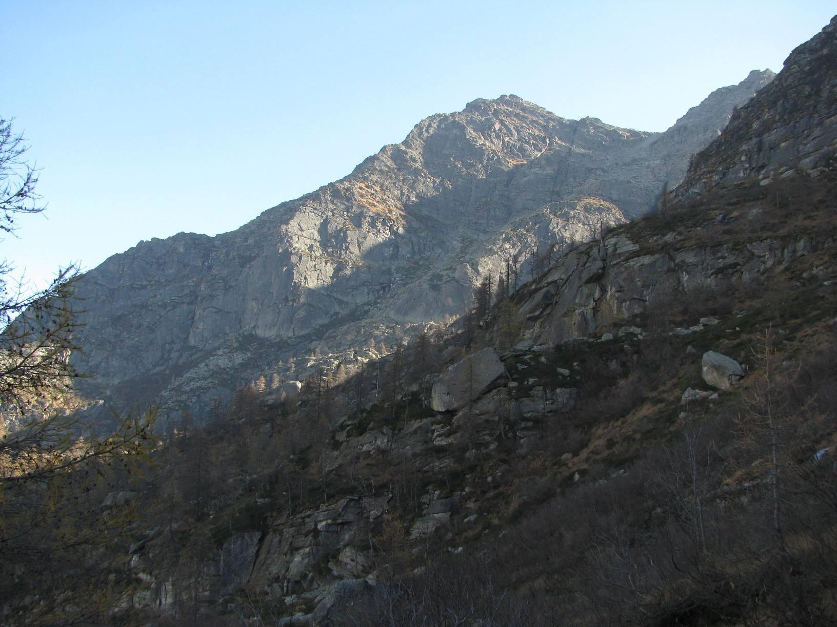 Il versante N-O del Monte Tovo
