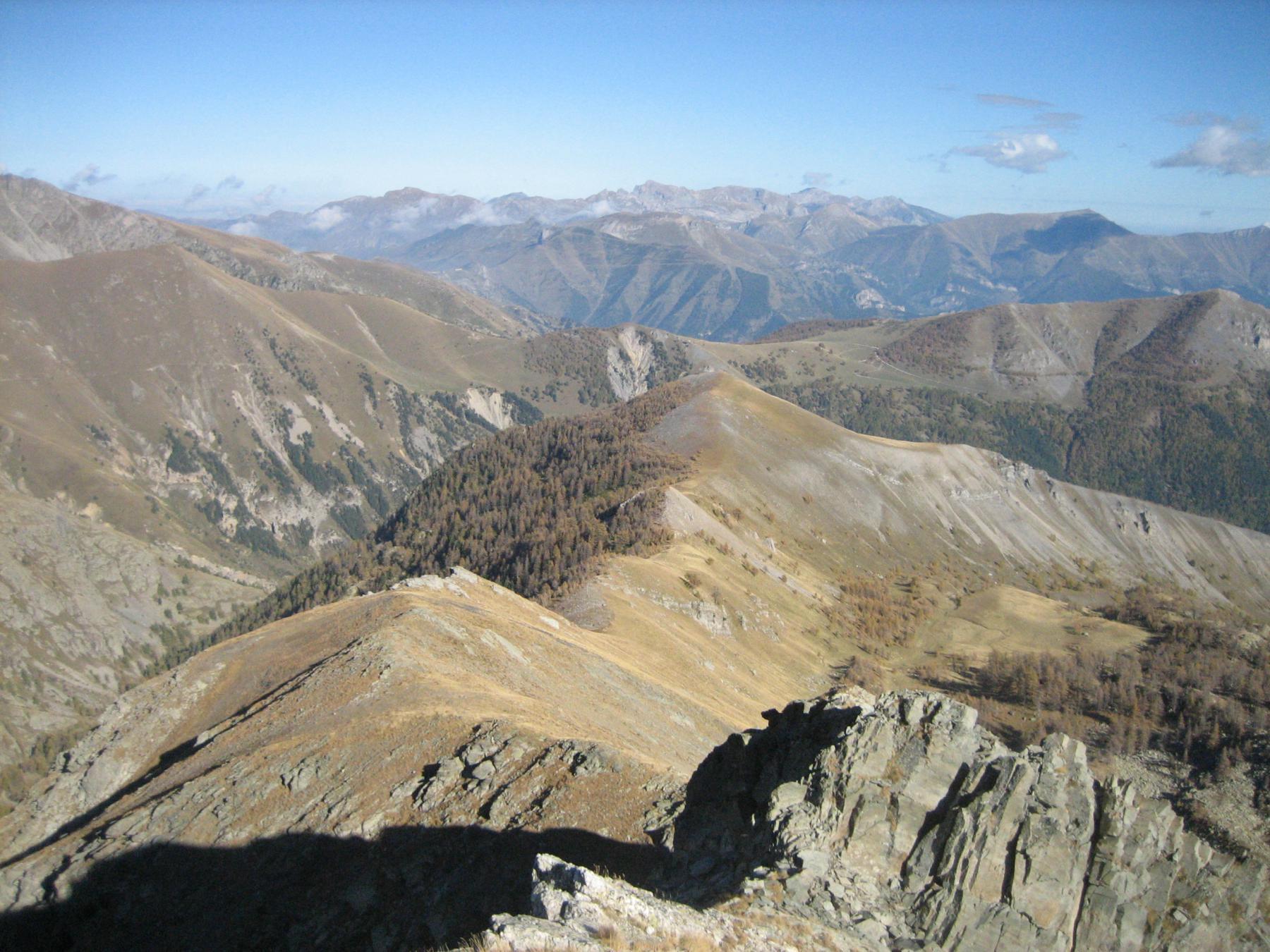 Ultime difficoltà e Col di Tenda in lontananza.