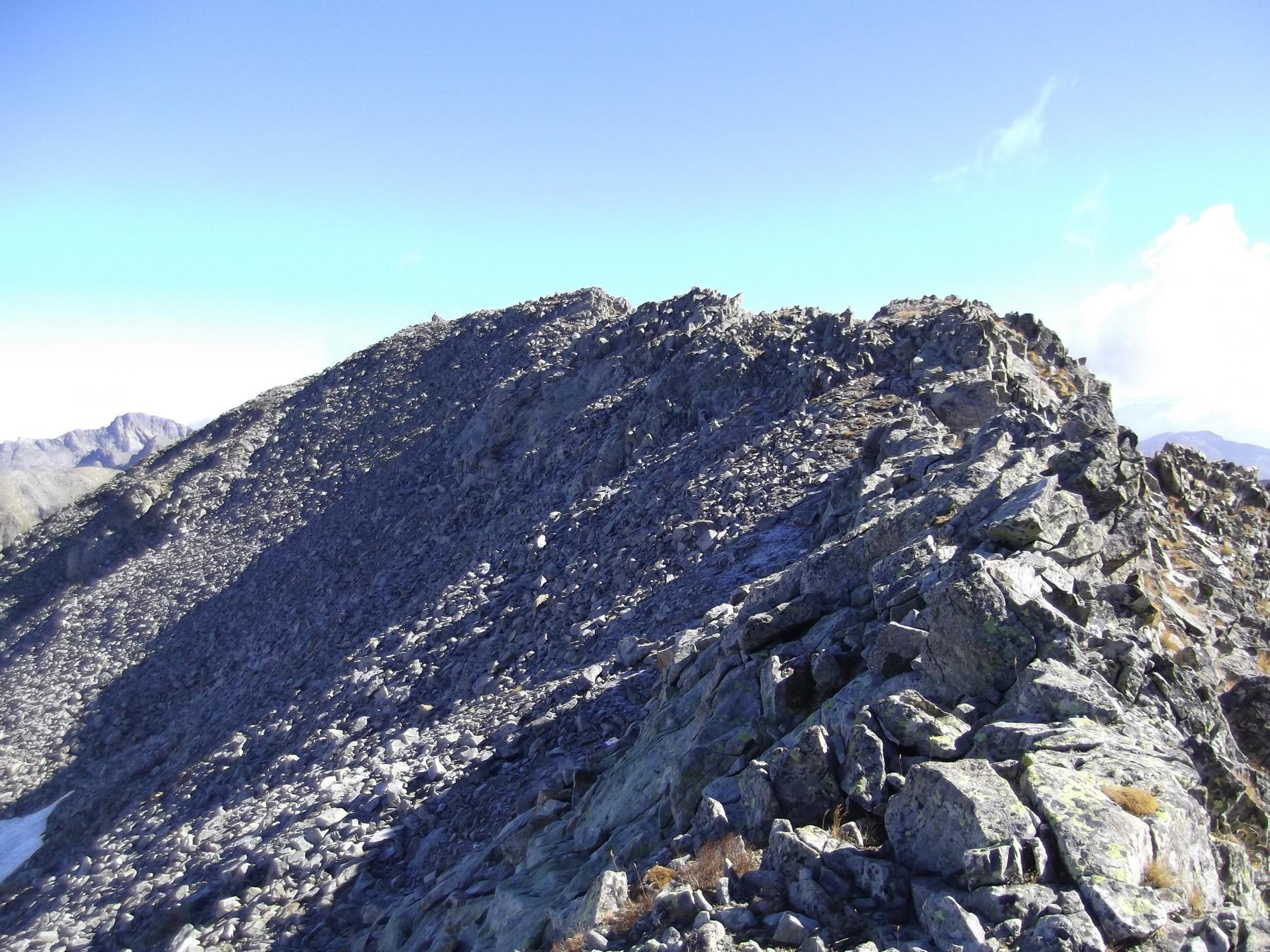 la Cima ovest di Charnassere dalla cresta