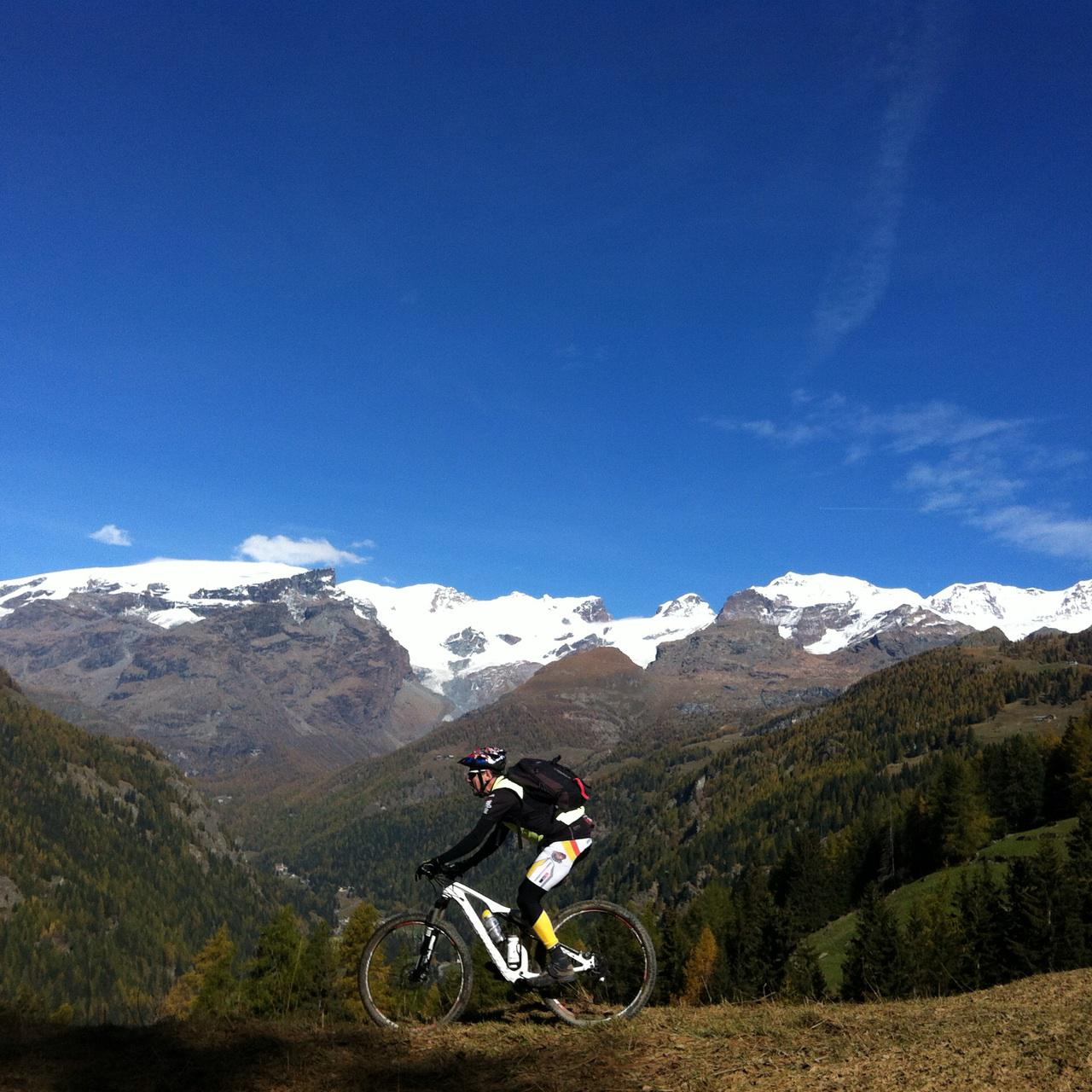 Mascognaz, Saint Jacques, Ru, Courtodda Arcesaz, Balconata alta Vall d'Ayas 2014-10-28