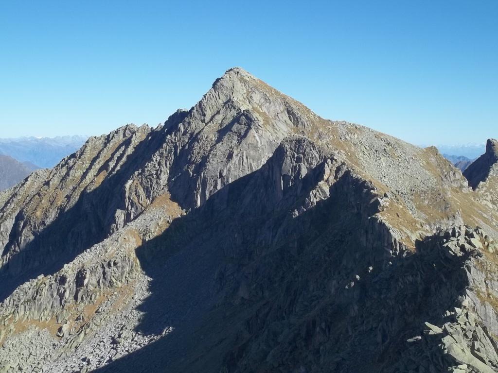 Moriana (Pizzo della) e Palone del Badile per il Passo del Laghetto, traversata est-ovest 2014-10-29
