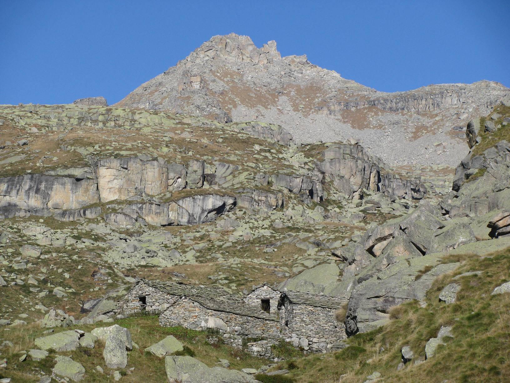 Alpe Balmot ed il Monte Bessun