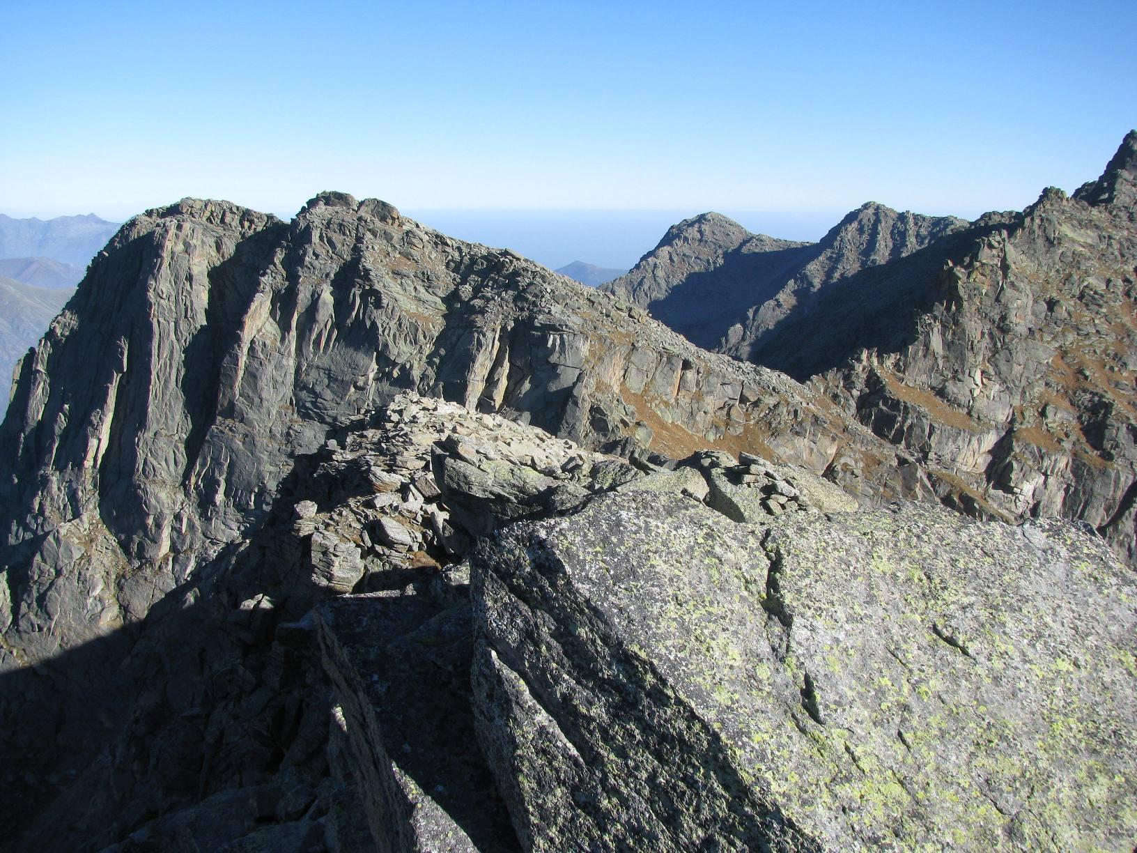 Monte Tovo Piccolo, visto dalla Testa Paiaire