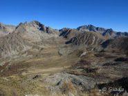 Il Plan de Prals con alla testata il Mont Neiglier e i Lacs de Prals