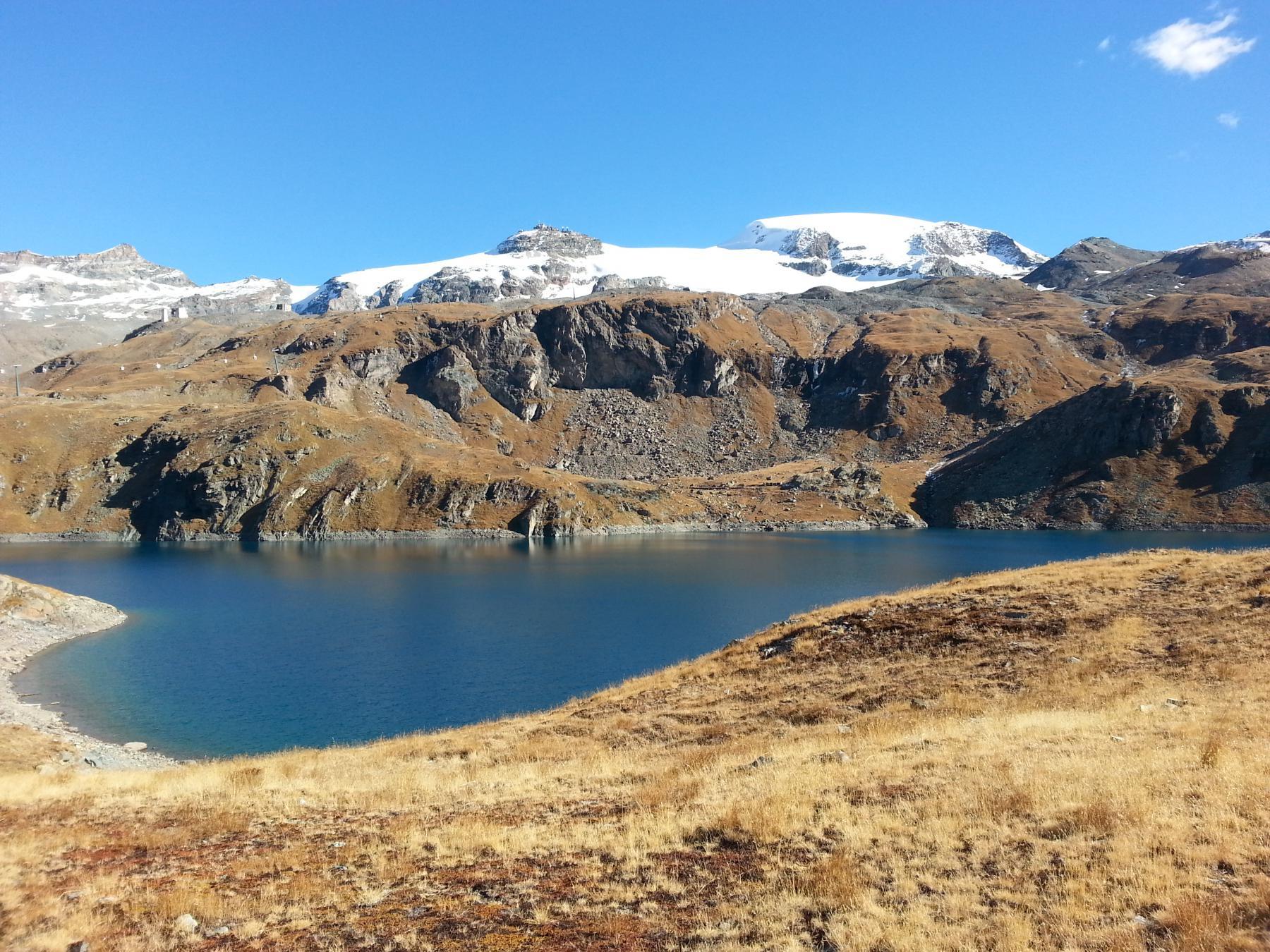 Lago Goillet e Plateau Rosa sullo sfondo