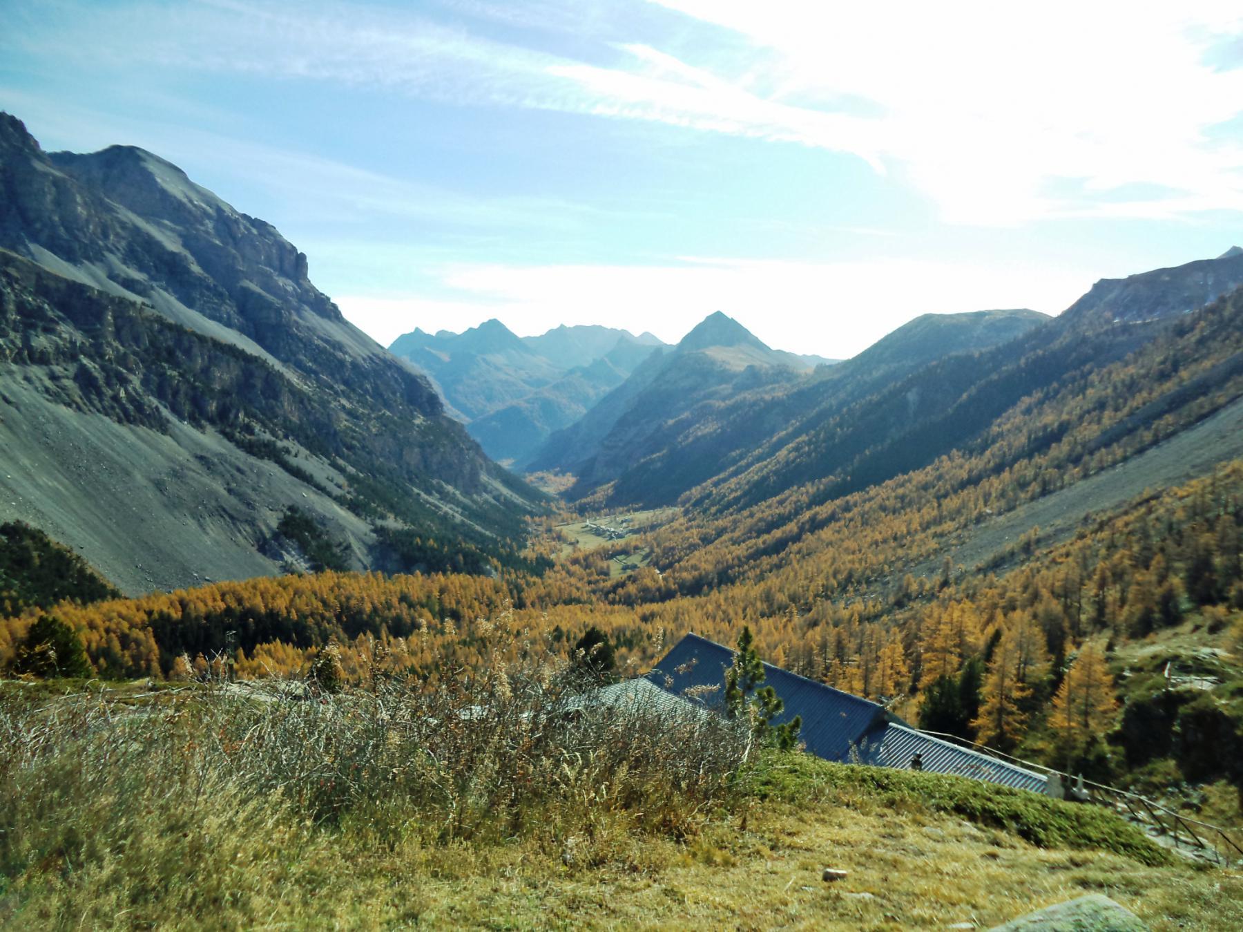 valle stretta dalla maison des chamois