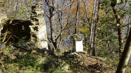 Pilone e Ruderi di Castellaro