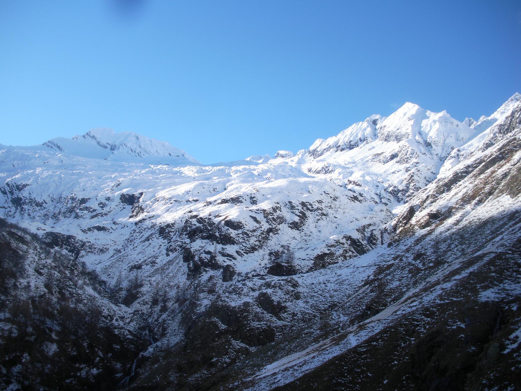 La Lavina e il Rancio dal limite delle nevi..