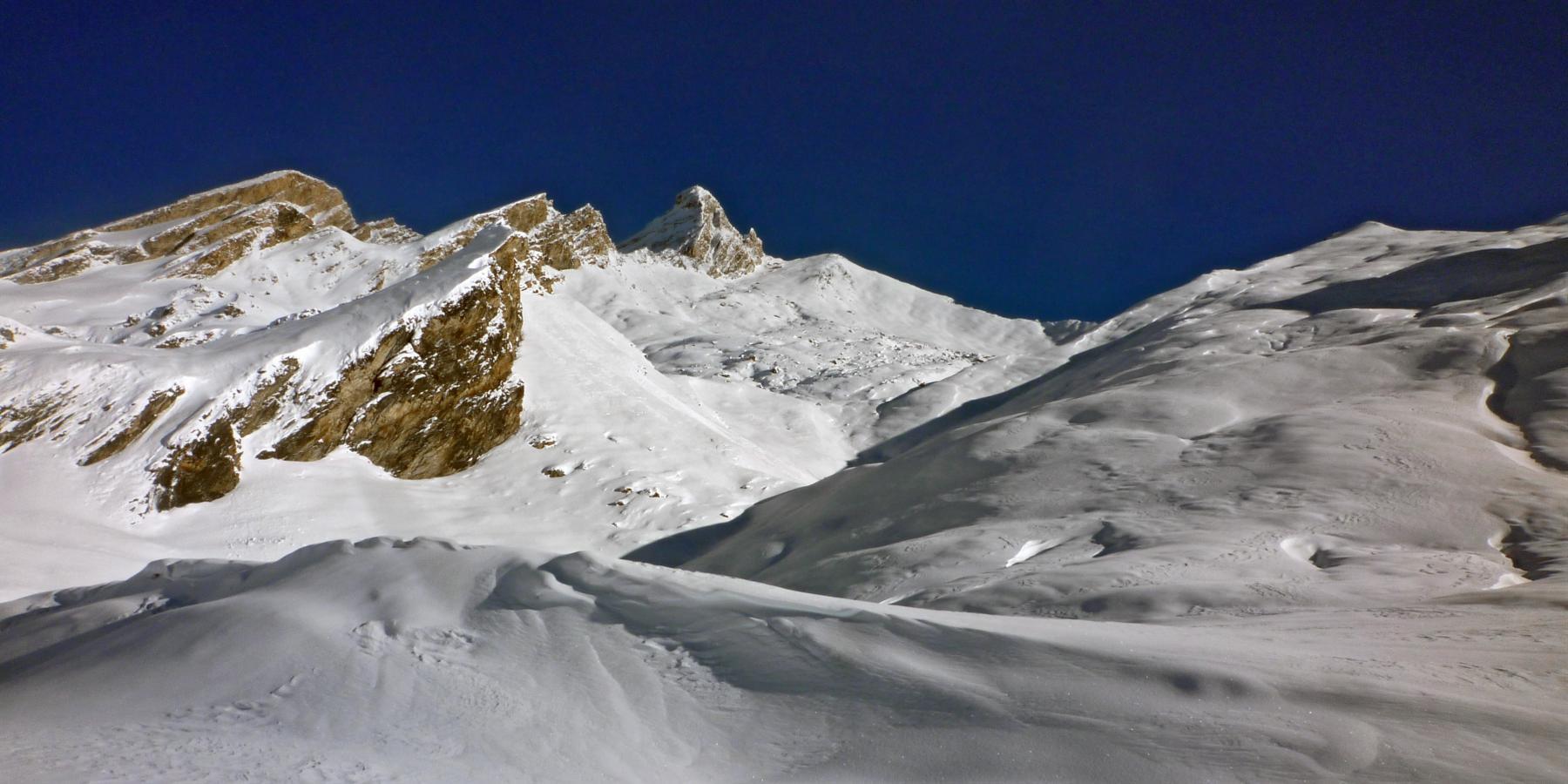 La cima e il Pic D'Asti