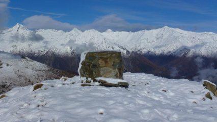 il bianco mantello delle nostre montagne