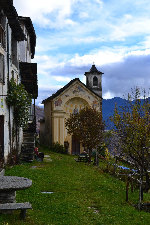 Chiesetta di Rainero (1075 m)
