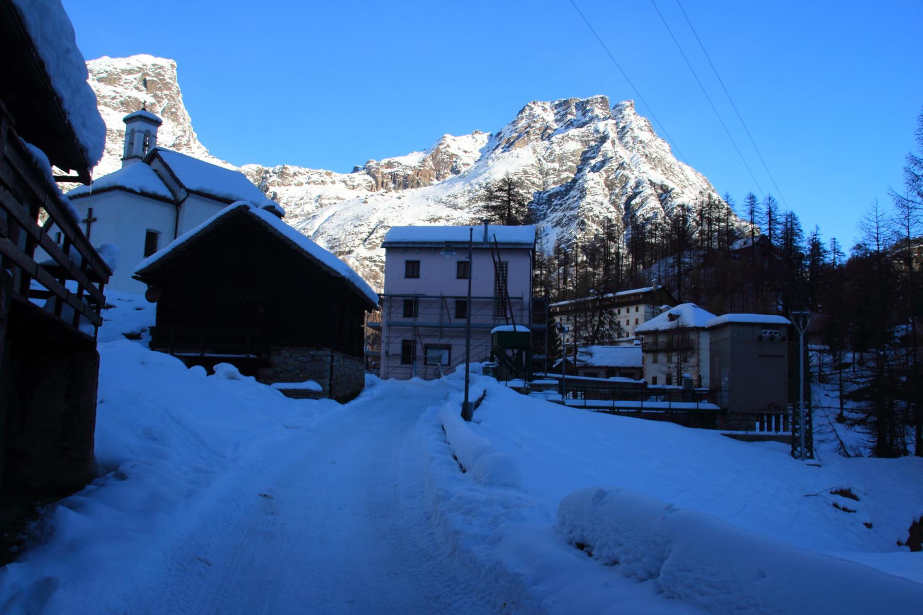 entrando all'Alpe Devero