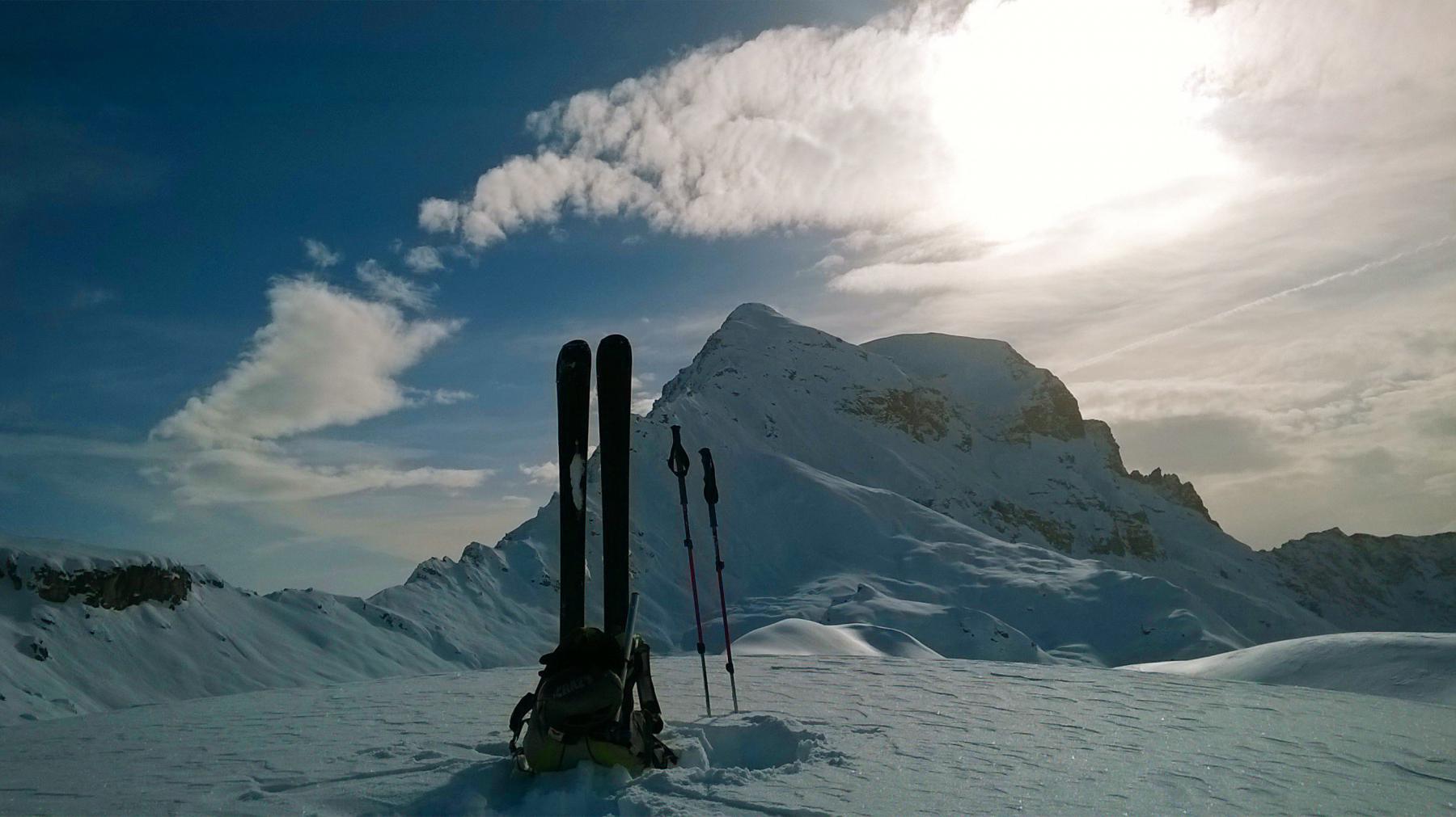 Cime Bianche Sud (Colle delle) da strada Valtournenche-Cheneil 2014-11-23