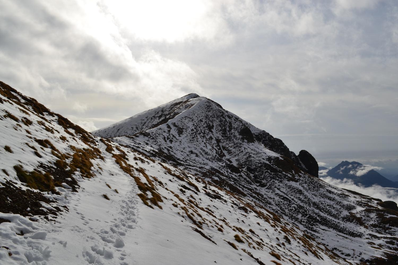 il Monte Foppabona visto scendendo all'omonima baita