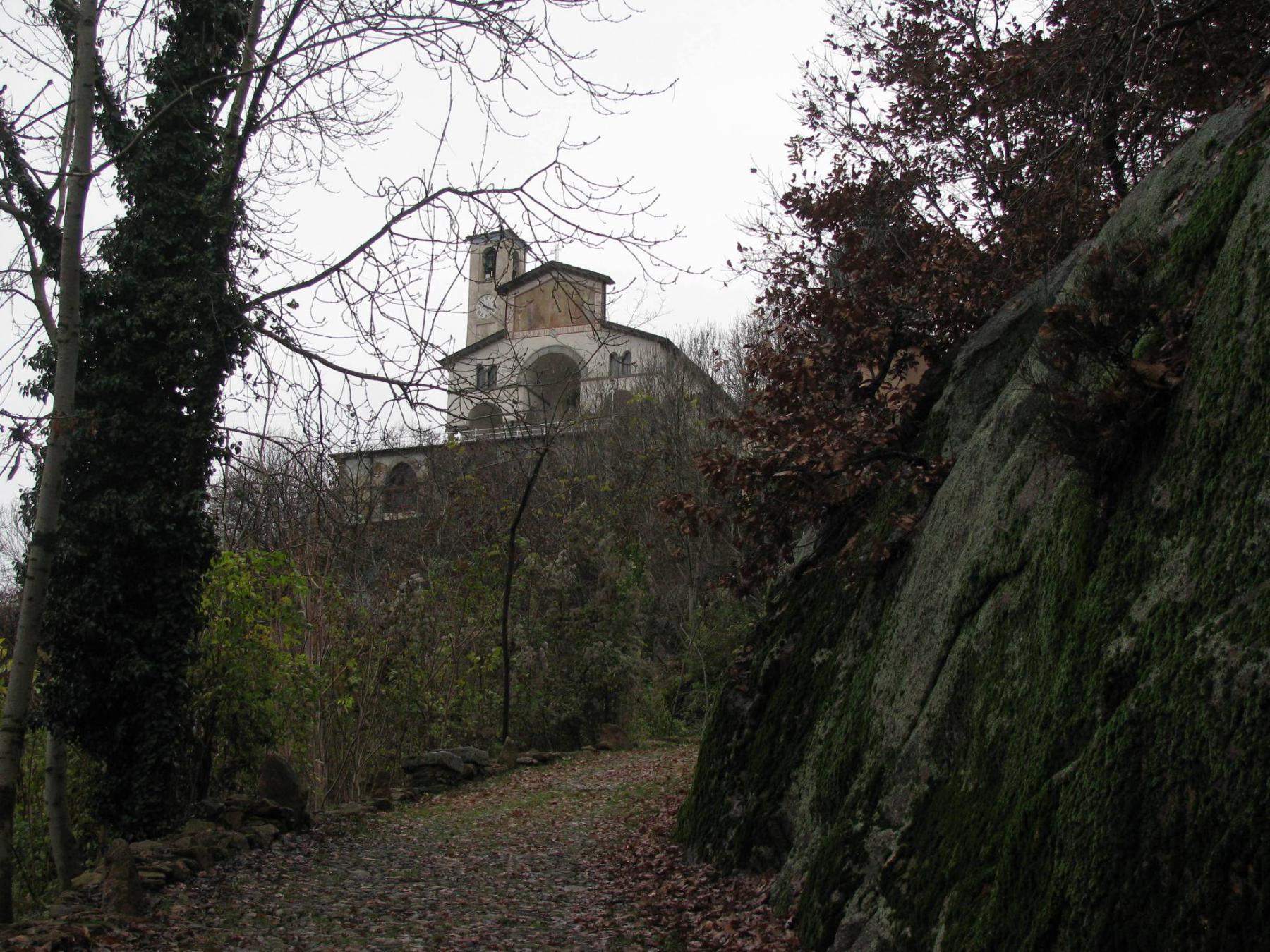 In vista del santuario di Belmonte