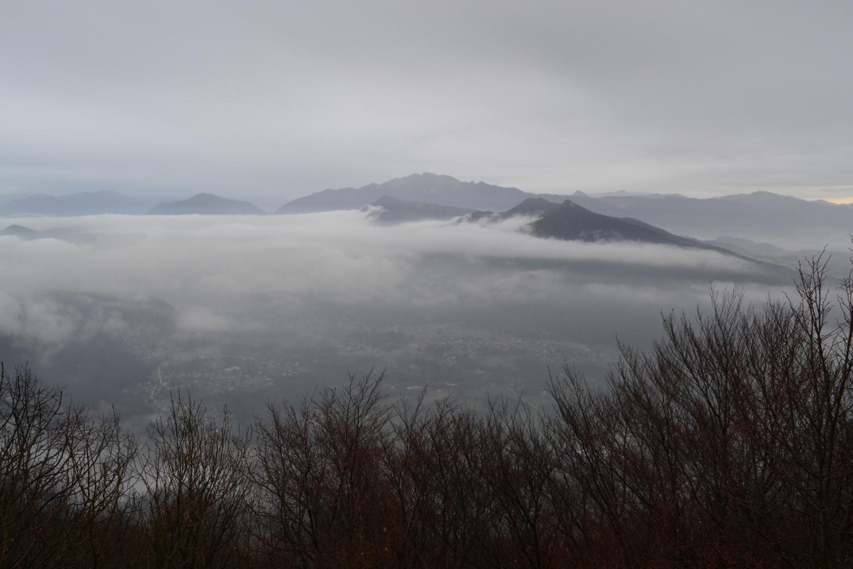 panorama tetro dalla cima del Monte Rho