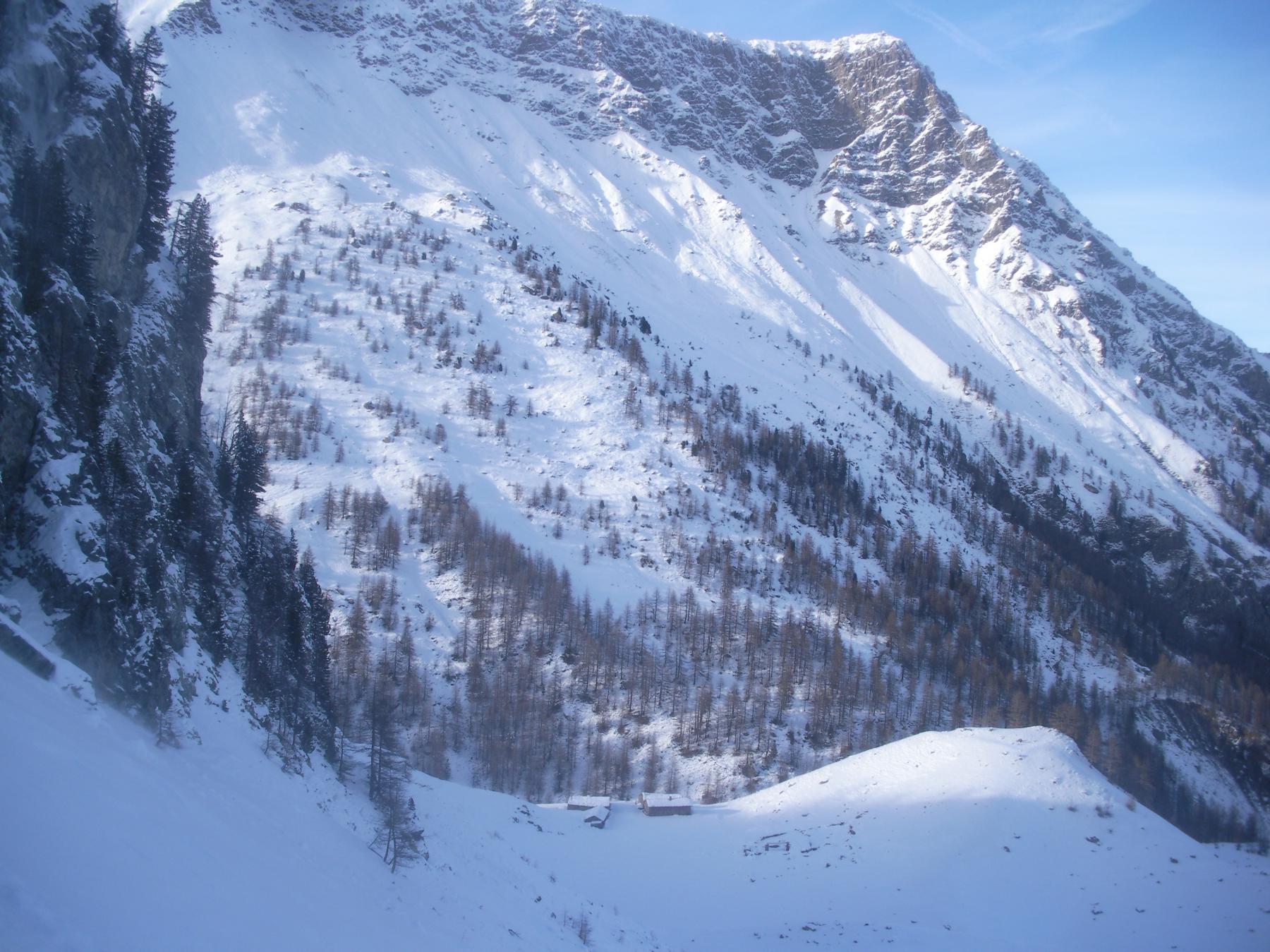 Al centro in basso le Berg. dell'Albergian e al fondo il Ciabertas..