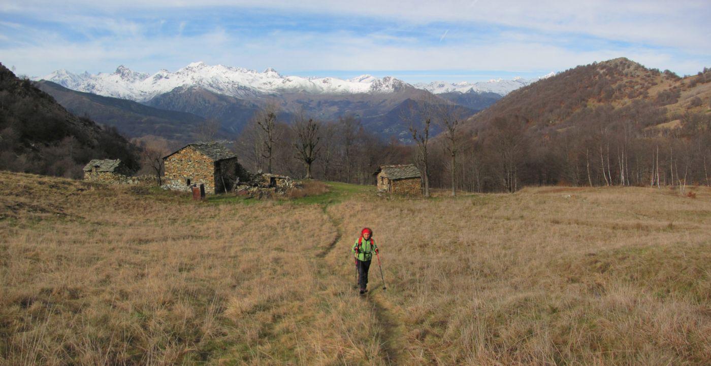 veduta sulla Valle di Viù salendo al Colle Lunella