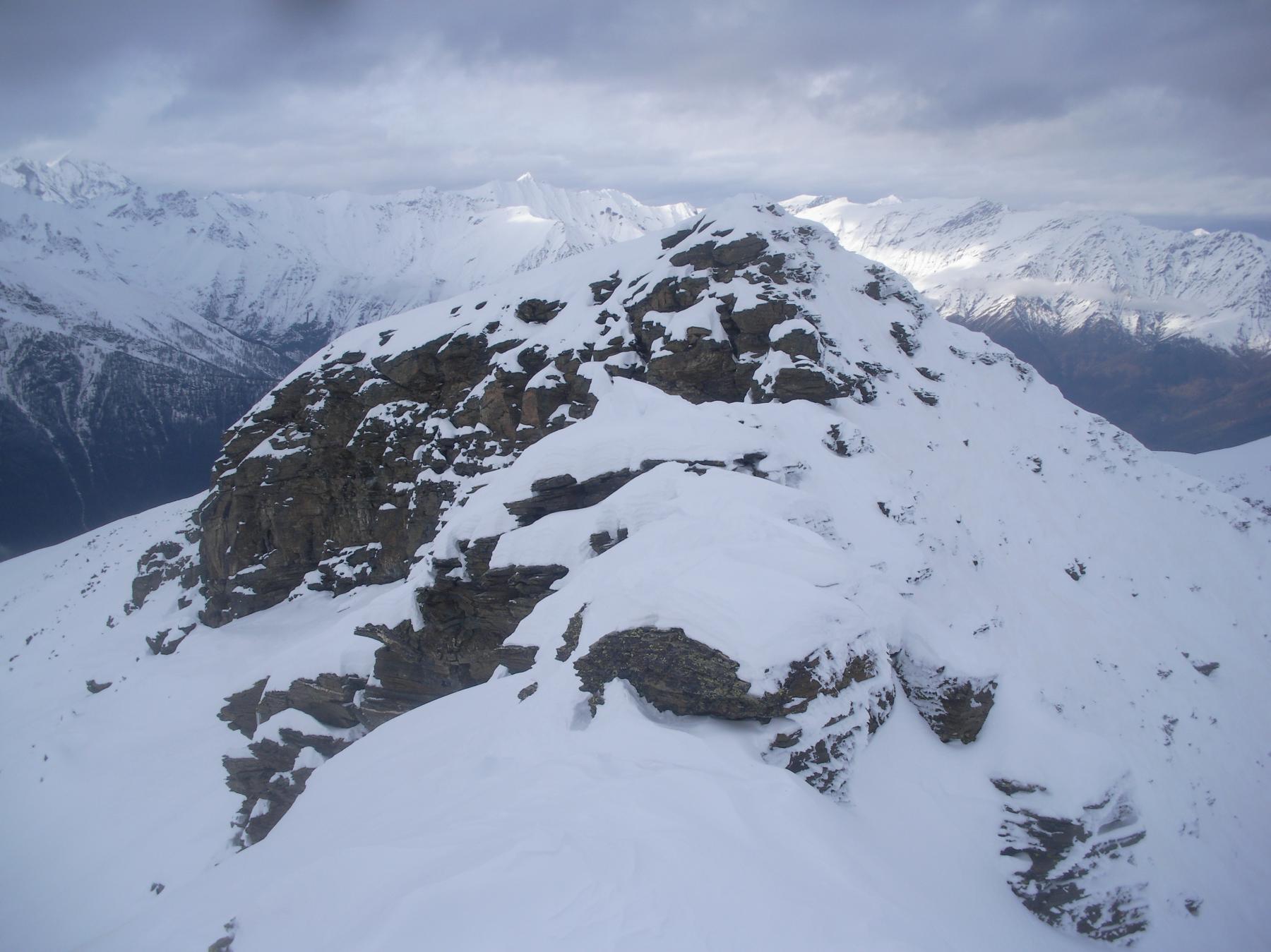 la cima nord-ovest della p.Bruta vista dalla sud-est..