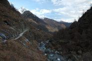 La pista con vista sull'alta Val Pellice