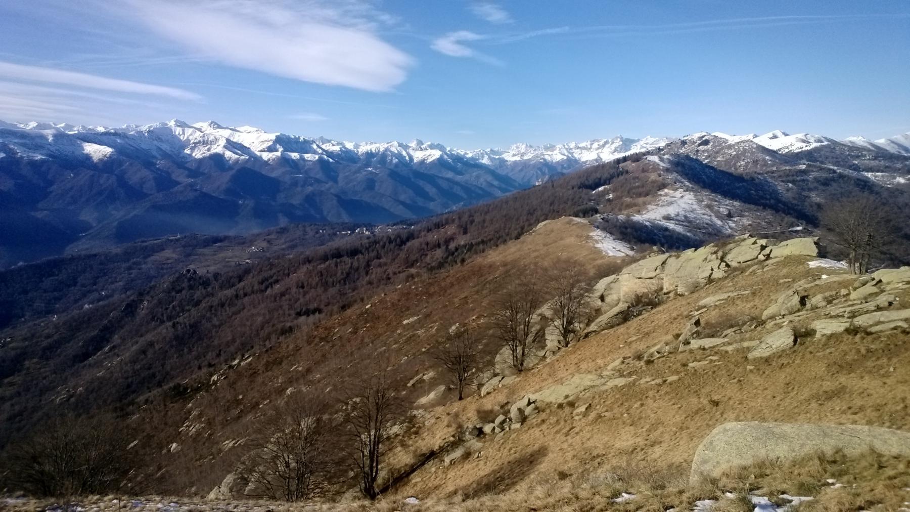 Panorama verso Valle Maira e Grana
