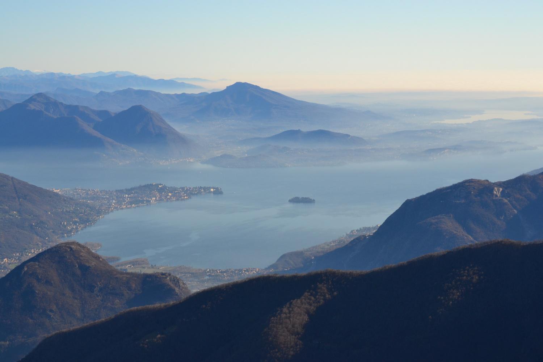 il Lago Maggiore visto dalla cima