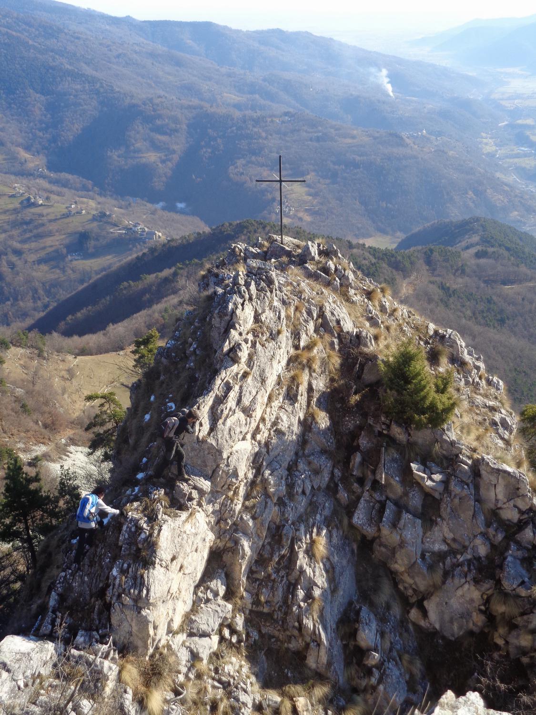 la croce del Rubbio nel punto più panoramico
