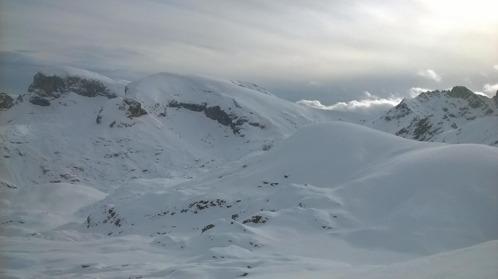 cima Saline Pian Ballaur e Punta Emma tutto a destra