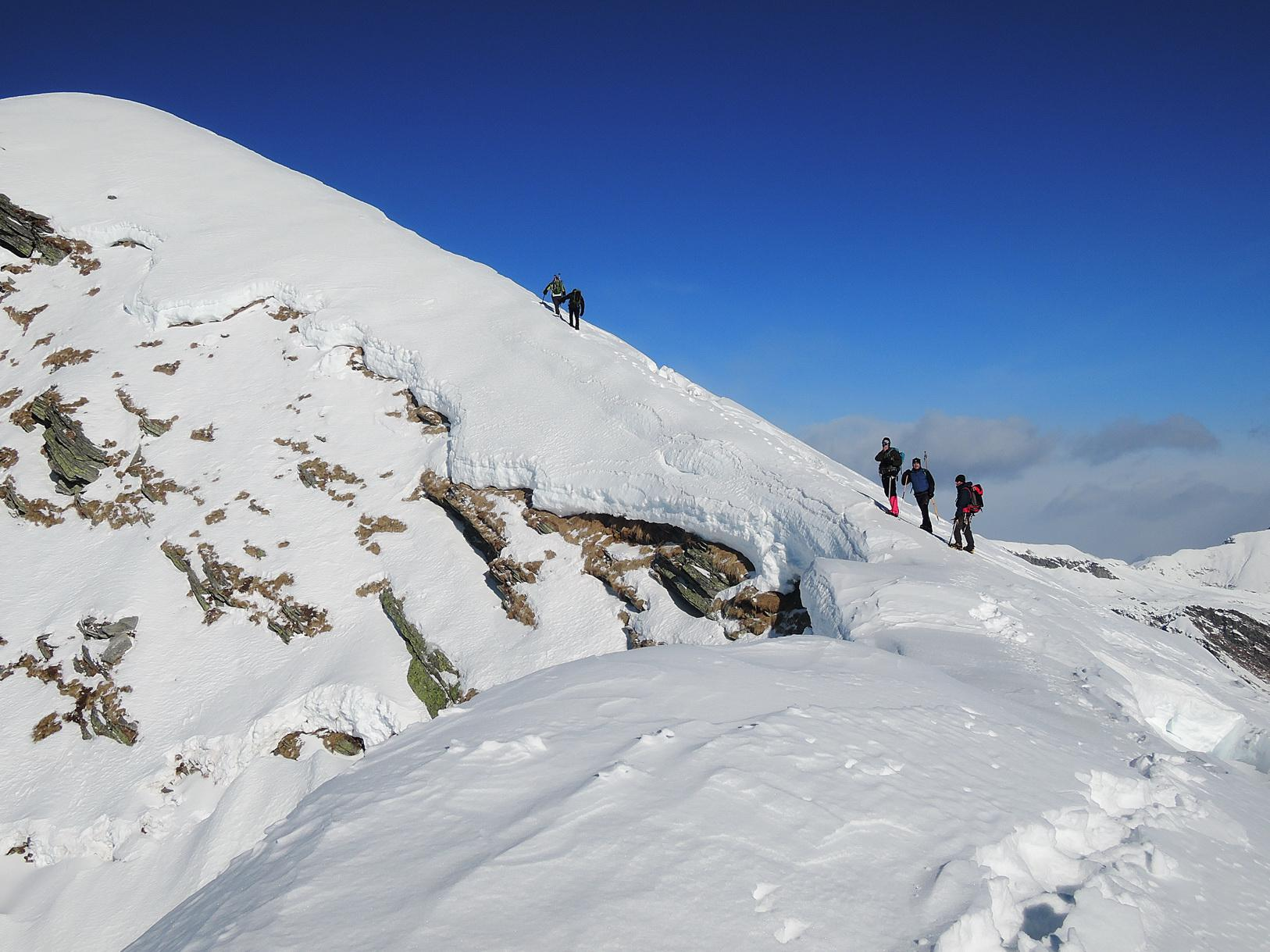 Passaggio su cresta dopo antecima