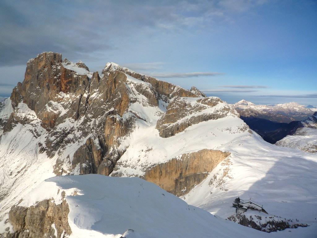 la cima Vezzana vista dalla Cima Rosetta