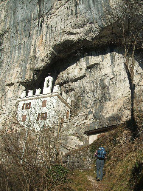 verso l'eremo di San Michele a Fonzaso