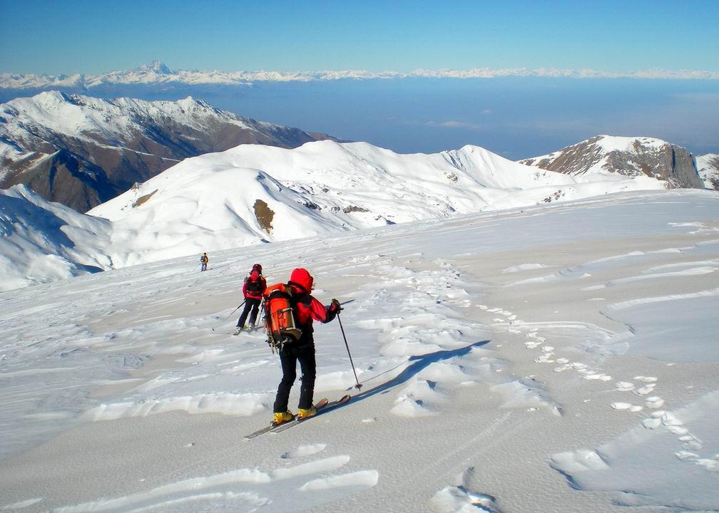 Neve con sabbia scendendo verso il Colle del Pas