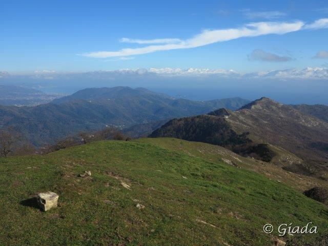 Dal Ceresa vista verso la Madonna della Guardia e Albenga