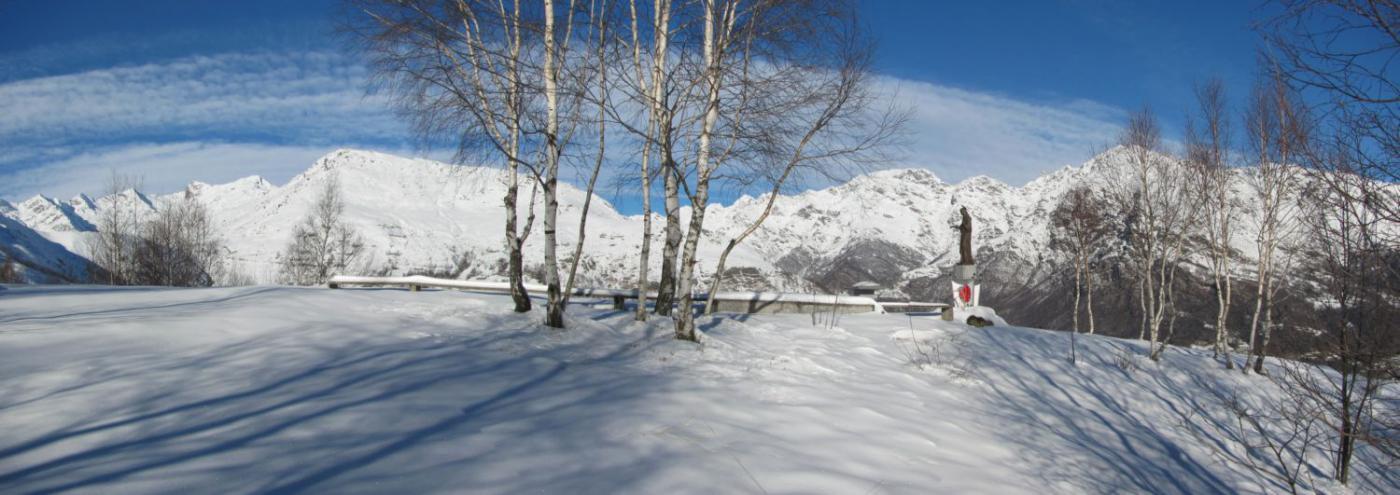 panorama sulle cime della Valchiusella