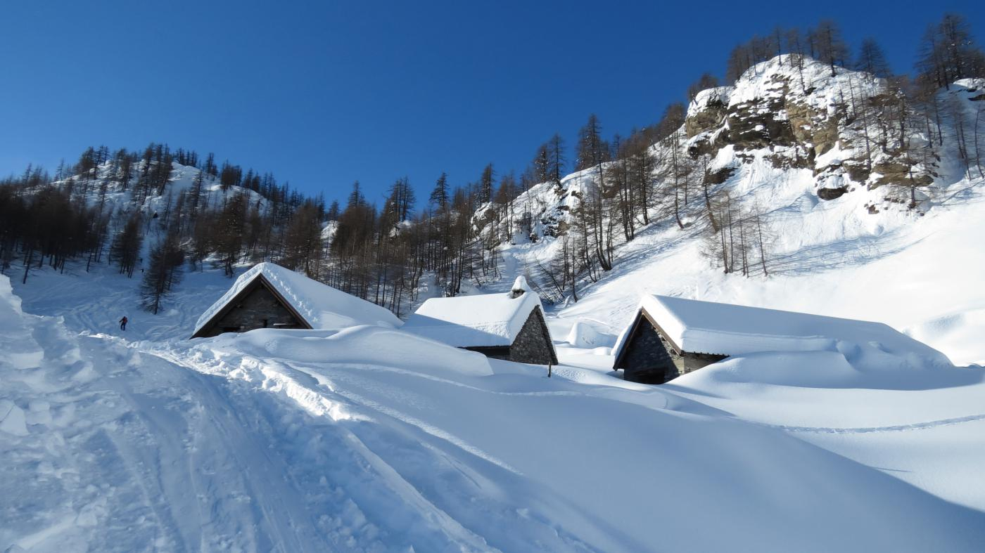 l'Alpe Misanco sommerso dalla neve