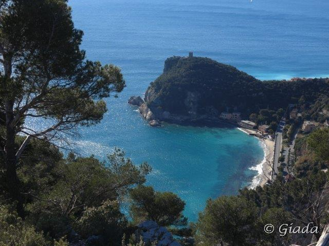 Punta Crena e la Baia dei Saraceni