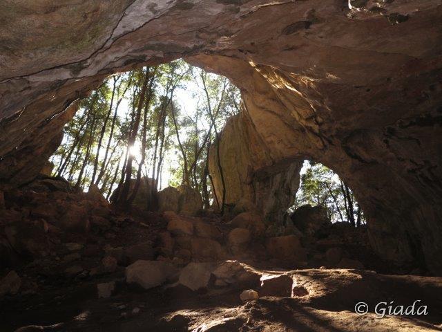 Frati (Bric dei) Grotta dell'Edera e Arma Pollera 2015-01-25