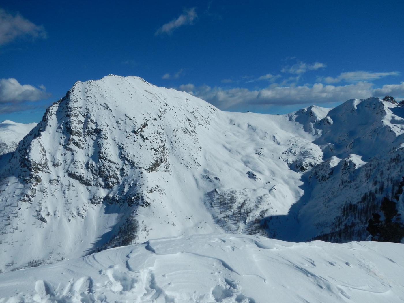dalla cima: il versante sud ovest del Monte la Bianca