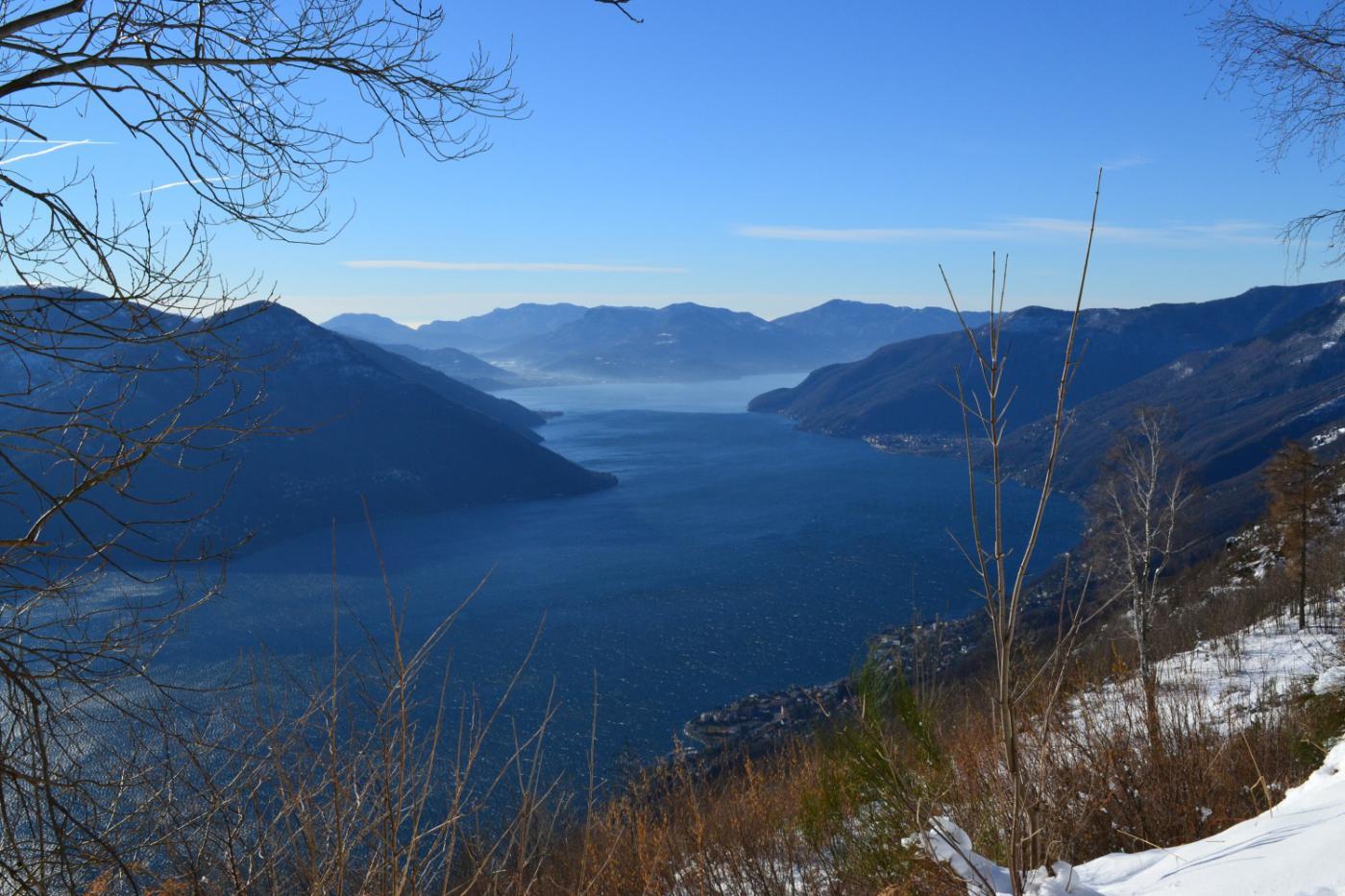 l'ampia vista sul Lago Maggiore