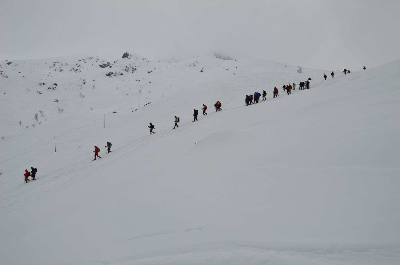 gruppo di ciaspolatori incontrati lungo il percorso
