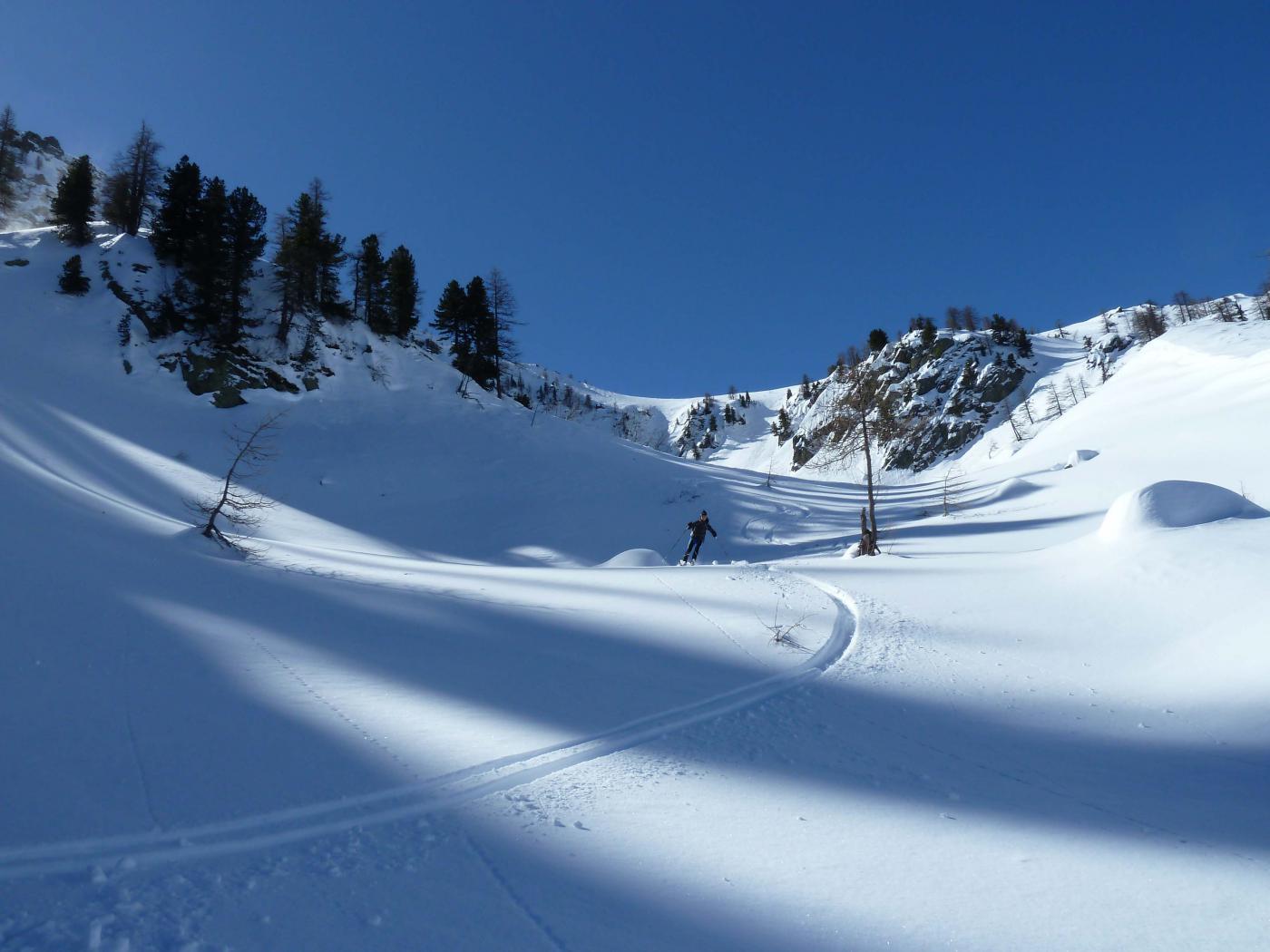 Nelle zone più in ombra bella neve farinosa