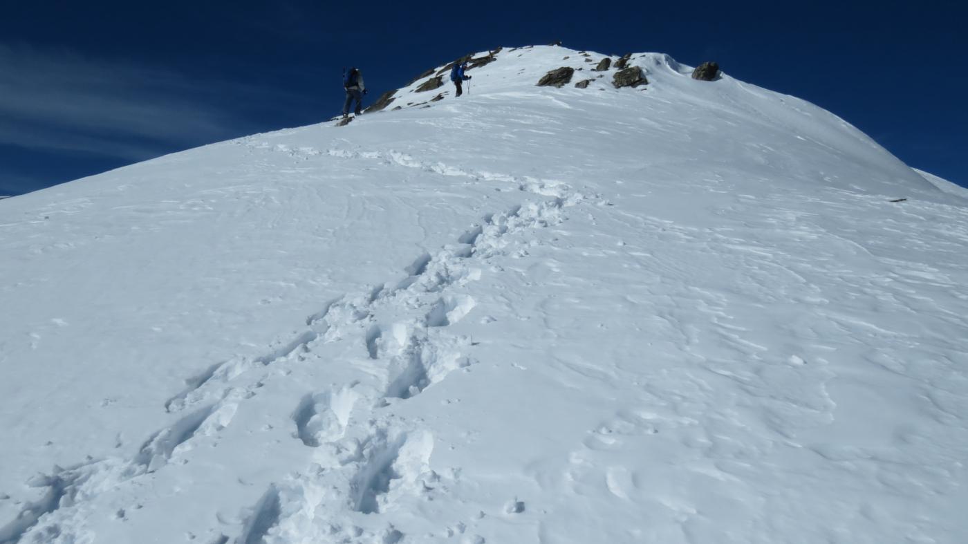 salendo verso la cima...01