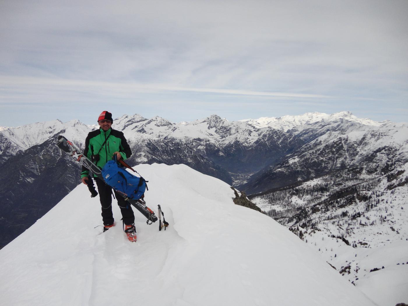 Sullo sfondo il Monte Rosa (ed il mio berretto 'vintage')