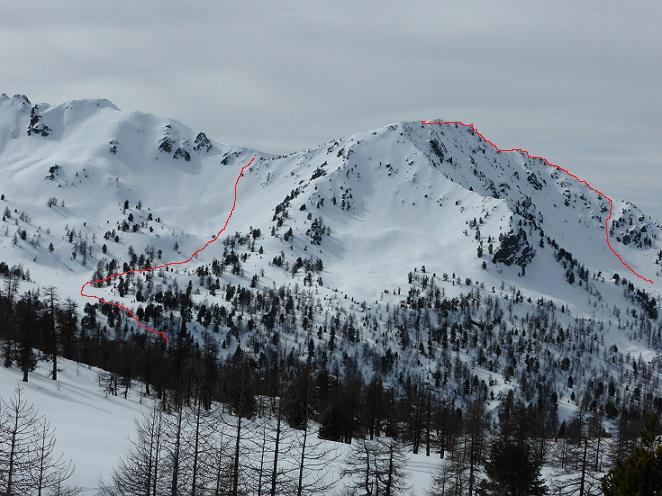 Monte La Plane  con via d isalita a dx e di discesa a sx